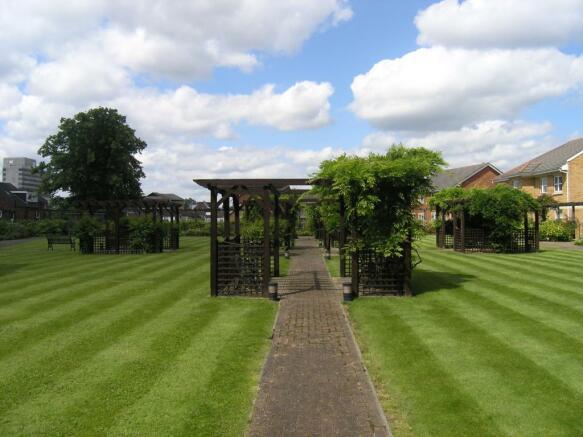Residents Gardens