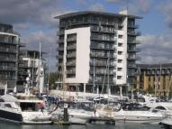 3 bed Flat in Channel Way...