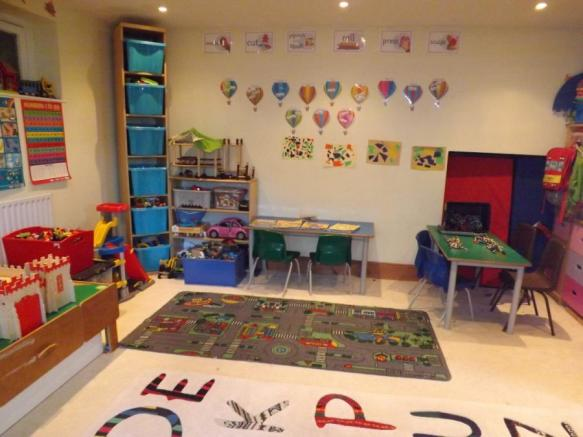 Play/Sitting Room