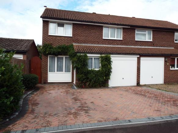 3 bedroom semi-detached house for sale in Fair Isle Close ...