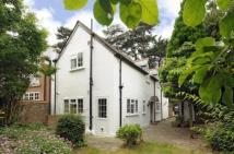 3 bed Detached house in Surbiton
