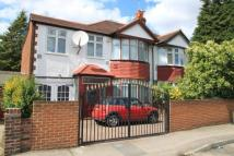 4 bedroom house in Surbiton