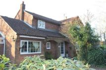 4 bed Detached property in Cross Lane, Huthwaite...