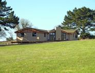 4 bed Bungalow for sale in Lanescot, Cornwall