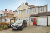 4 bedroom property in Twickenham