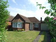 2 bed Bungalow in Walton-on-Thames, Surrey