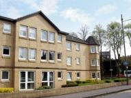 Flat in Abbey Drive, Jordanhill...