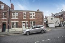 2 bed End of Terrace house for sale in York Road, Whitley Bay...