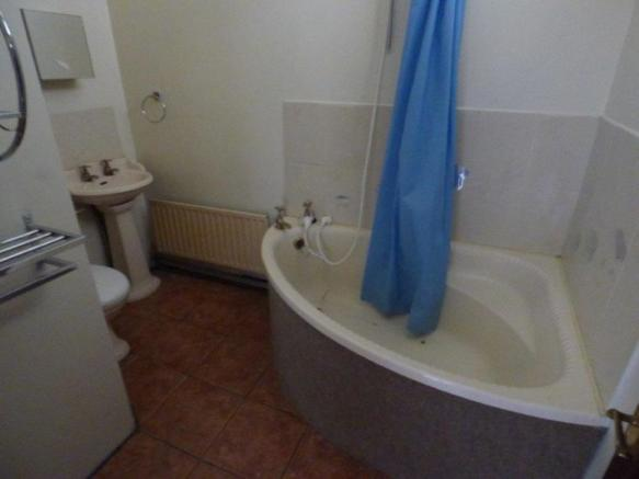 Maisonette Bathroom