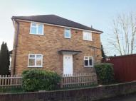 2 bedroom Maisonette in Stoneleigh, Surrey