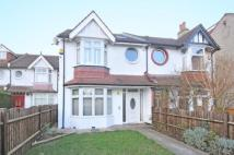 Flat for sale in New Malden
