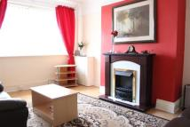 Page Moss Lane Flat to rent