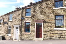 2 bedroom house in Knuzden Brook, Blackburn