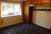 2 bedroom Bungalow in Peter Street, Daisyfield...