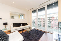 2 bed Flat in Eustace Building, SW8