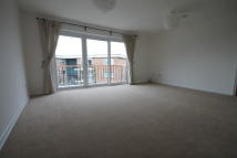 Flat to rent in Chichester