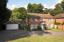 5 bed home in Headley road- Leatherhead