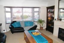2 bed Maisonette in Cobham