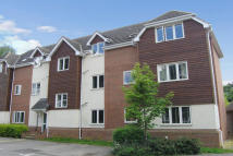 1 bedroom Apartment to rent in Cobham