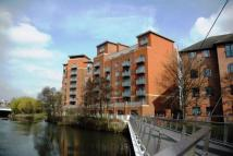 2 bed Flat to rent in Riverside appartments...