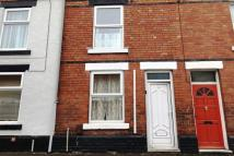 Terraced house to rent in Chambers Street...