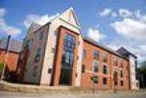 2 bedroom Flat to rent in Pennine Place, Belper...
