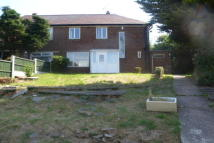 3 bed property to rent in Worcester Crescent...