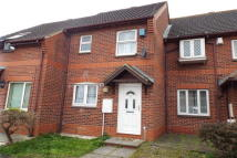 2 bed property in Honeysuckle Close...