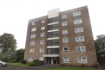Apartment to rent in Cleeve Lodge Close...