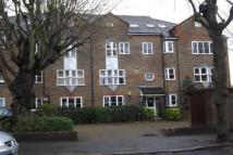 2 bedroom Apartment in South Sutton