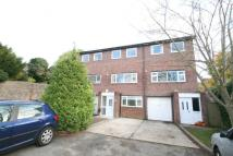 5 bed Town House in Warren Road, Guildford...