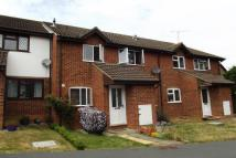 2 bed house in Stonecrop, Guildford...