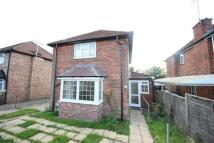 2 bedroom property to rent in Ardmore Avenue
