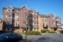 Flat to rent in Jemmett Close- Kingston