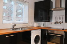 Flat in Jemmett Close- Kingston