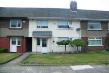 3 bed house to rent in Masefield Crescent...