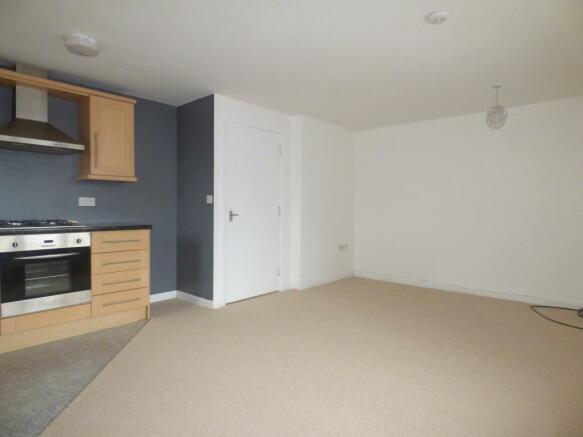 2 bedroom apartment to rent in denver park l32 4rz l32