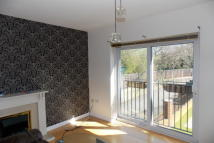 Flat to rent in Finchlay Court...