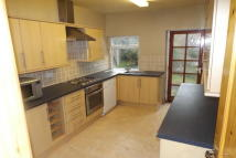 3 bed property to rent in Market Place, Bedale