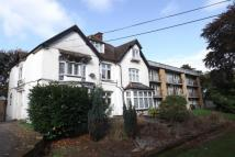 Flat to rent in The Approach, Orpington...