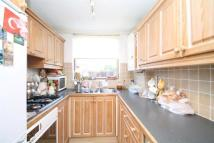 Maisonette to rent in Robinhood Green...