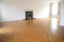 4 bed property in Monks Walk, Reigate