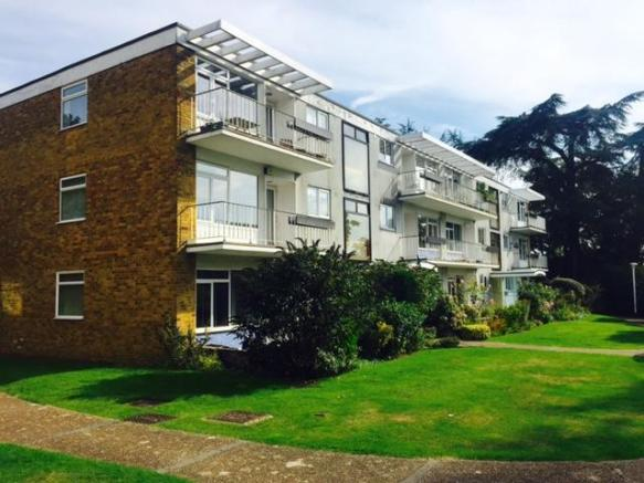 2 bedroom apartment to rent in brampton manor bassett so16 2 bedroom apartment for rent brampton