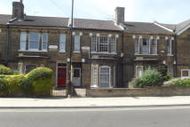 2 bedroom Apartment to rent in Carlton Road...