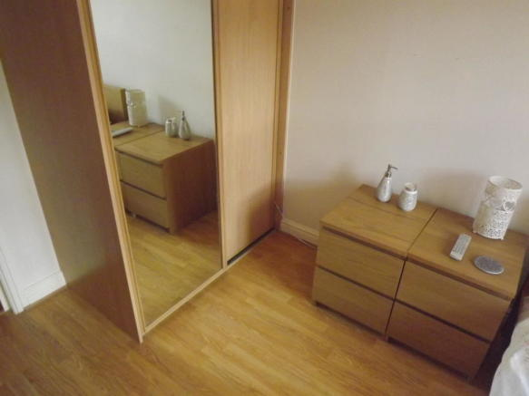 Cupboard main bedroom