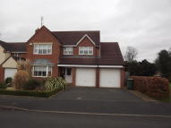 4 bedroom Detached home to rent in Chestnut Drive...