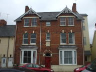Ground Flat to rent in Mantle Street...