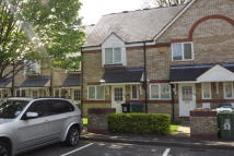 2 bed property in Norbury Avenue, WD24
