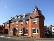 Ground Flat to rent in Irchester Road, Rushden...