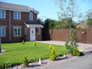 3 bed semi detached house in Epsom Close, Rushden...